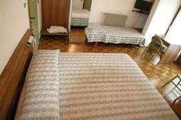 Camera tripla con terrazza