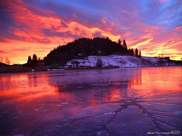 Tramonto sul lago di Serraia