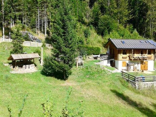 Baita Val Piomban, Esterno e Barbecue Estate