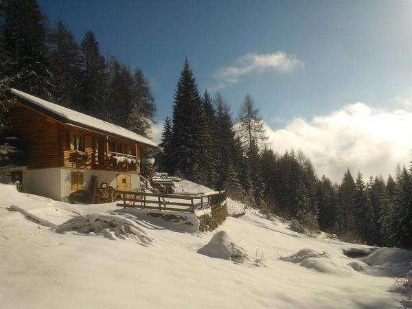 Baita Val Piomban, Esterno Inverno