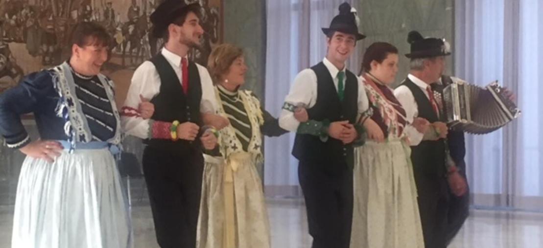 El Paés dei Presepi. Balletto folkloristico Mocheno - FI
