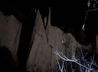 Tra le Piramidi di notte - I3