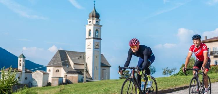 https://www.visitpinecembra.it/var/pinecembra/storage/images/_aliases/theme_holiday_large_image/9/1/0/5/345019-4-eng-GB/ciclismo.JPG - RP9