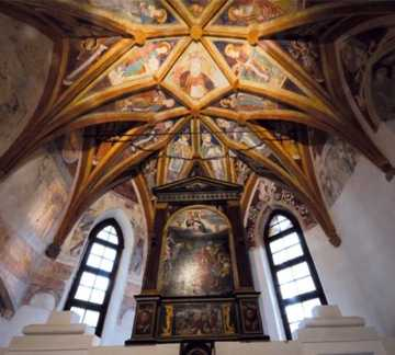 https://www.visitpinecembra.it/var/pinecembra/storage/images/_aliases/theme_holiday_small_image/8/6/1/1/11168-1-ita-IT/Chiesa_di_Santo_Stefano_Fornace.jpg - RP7